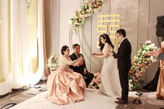 Lounge Jazz wedding band at Double Tree Jakarta by Double V Entertainment by Double V Entertainment - 027