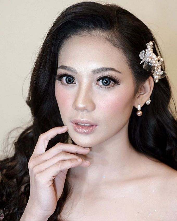 Wedding look by Sandra Bridal and Makeup Academy - 001