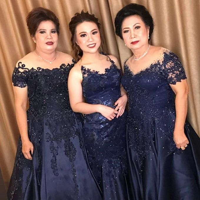 Mom  and sister gown by SAVORENT Gown Rental - 013