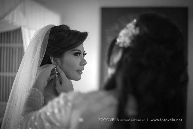 TOFID & STEFFI WEDDING DAY  I  AYANA RESORT BALI by fotovela wedding portraiture - 015