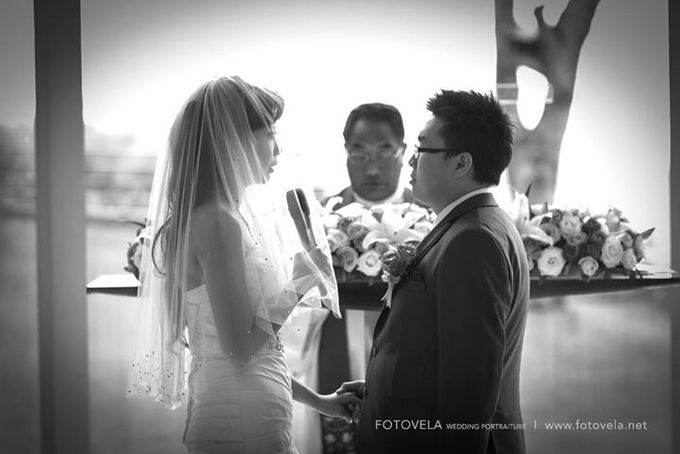 TOFID & STEFFI WEDDING DAY  I  AYANA RESORT BALI by fotovela wedding portraiture - 026
