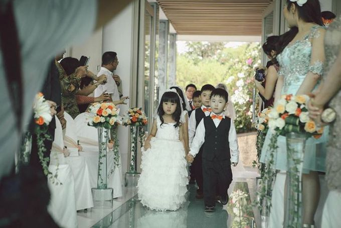 TOFID & STEFFI WEDDING DAY  I  AYANA RESORT BALI by fotovela wedding portraiture - 028