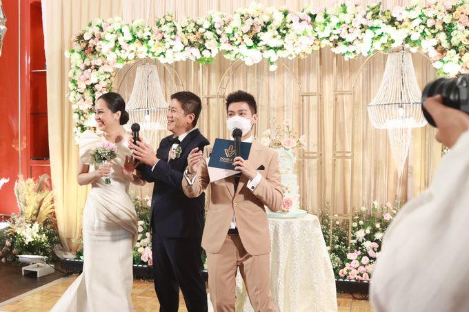 Fine Dinning Intimate entertainment wedding at Alto Restaurant Four Seasons Jakarta - Double V Entertainment by Hian Tjen - 017