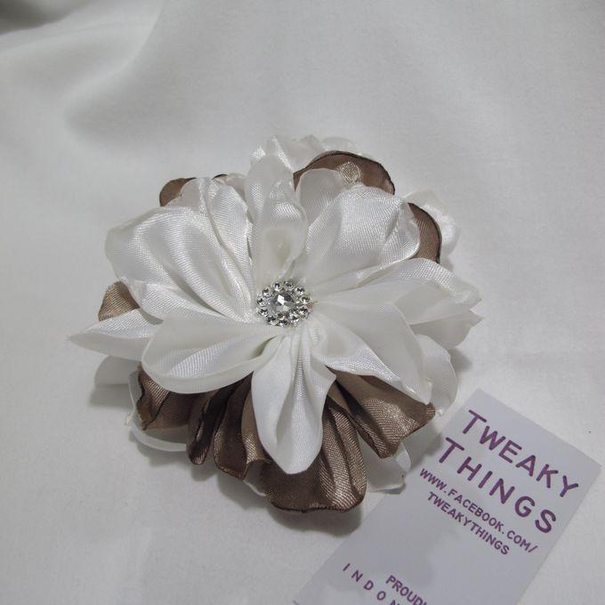 Flower brooch and hairclip by TweakyThings - 005