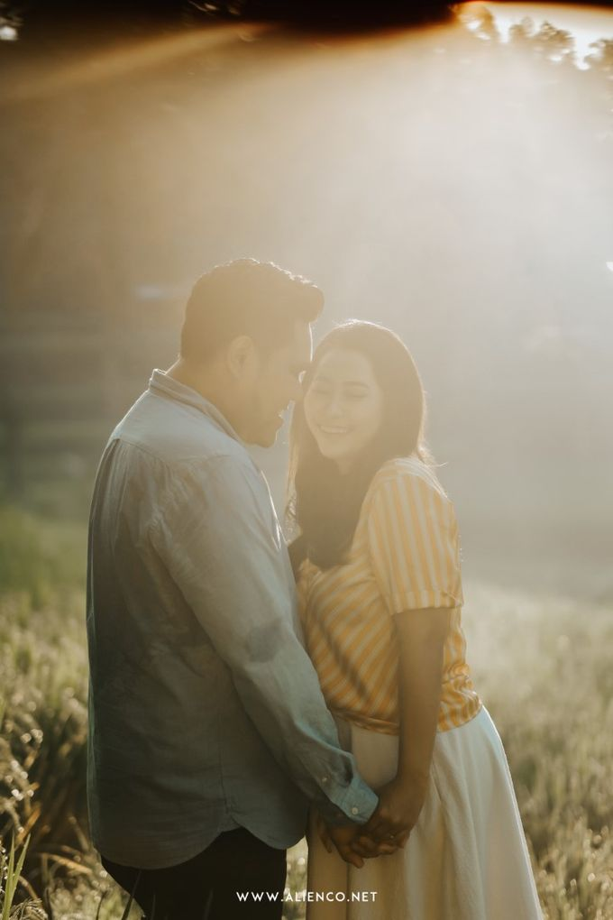 The Prewedding Of Andrew & Dinar by alienco photography - 010