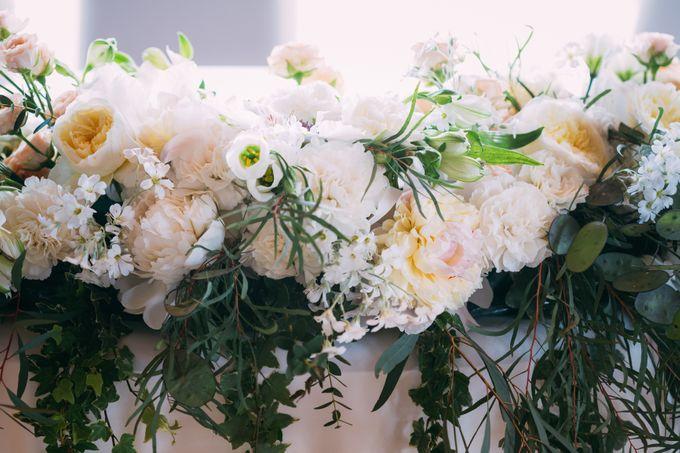 Solemnization / Reception Table / Wedding Venue Decoration by Petite Fleur SG - 011