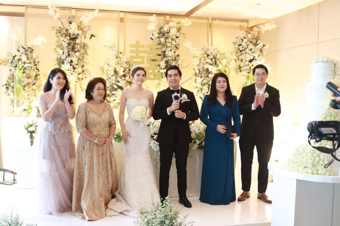 New Normal Entertainment Wedding at Westin Jakarta by Double V Entertainment by Double V Entertainment - 016