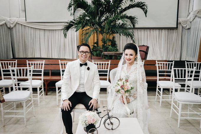 Togi & Jesicca - Holy Matrimony & Batak Ceremony by JAYSU Weddings by Jacky Suharto - 008