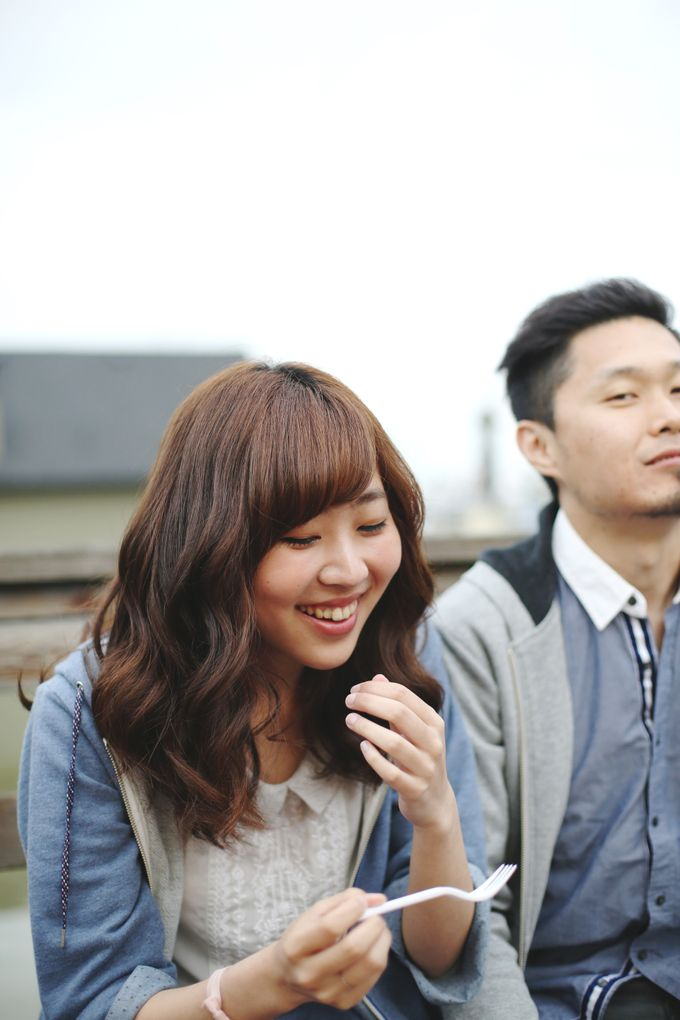 Engagement shoot at Steveston Richmond by Rebecca Ou Photography - 007