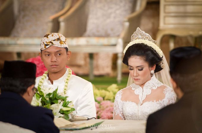 Gessa And Adjie Wedding Ceremony by D&D Professional Make Up Artist & Kebaya By Dindin Nurdiansyah - 007