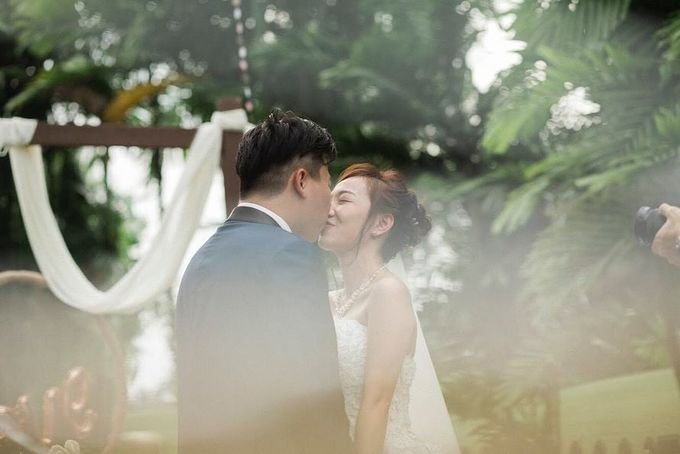 Brides by LING Chia Makeup & Hairstyling - 003