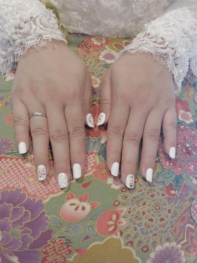 Dinar Wedding Nails by PONINONI NAILS - 002