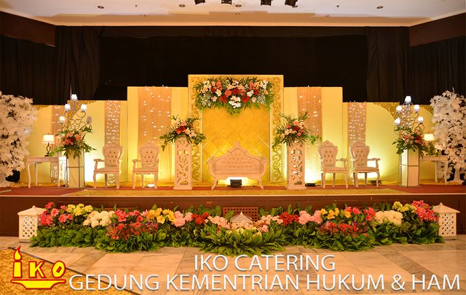 Dekorasi Pelaminan by IKO Catering Service dan Paket Pernikahan - 033