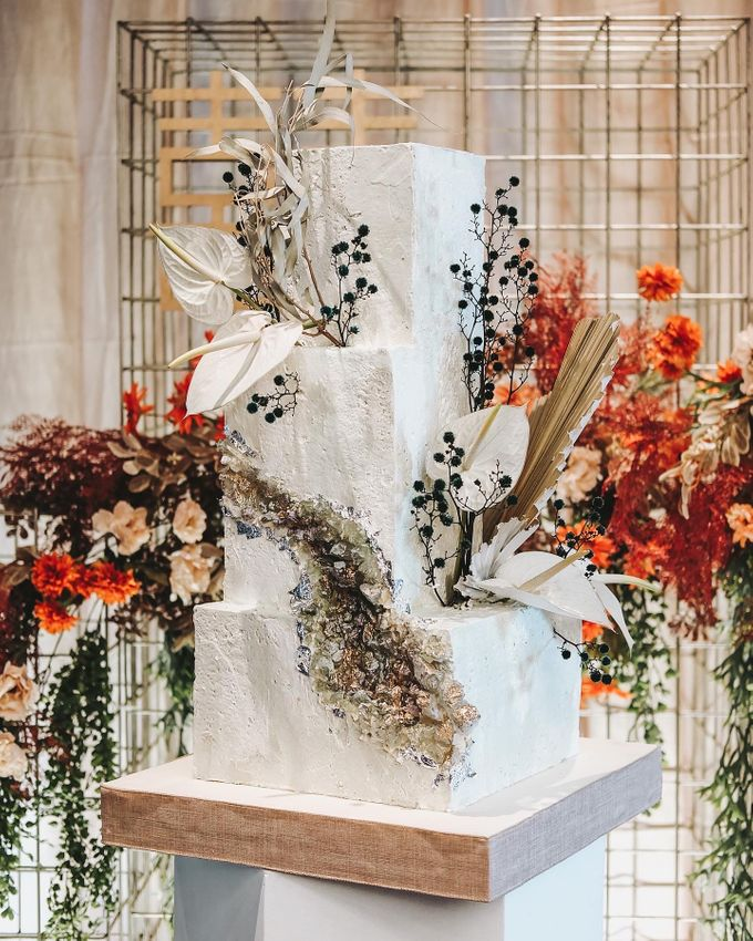 This Wedding is made intimate but not just that, every single details made personal to the bride and groom. In the midst of the pandemic, we understan by KAIA Cakes & Co. - 011