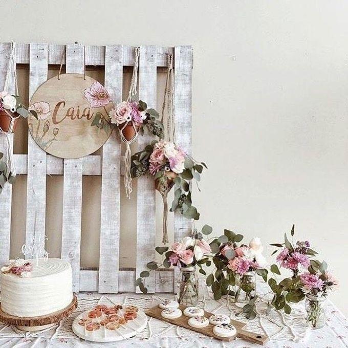 Dessert Table by Florist By HaejaBudiman - 001