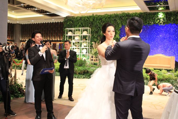 MC Wedding Ayana Mid Plaza Jakarta - Anthony Stevven by MOSCATO MOMENTS EVENTS - 017
