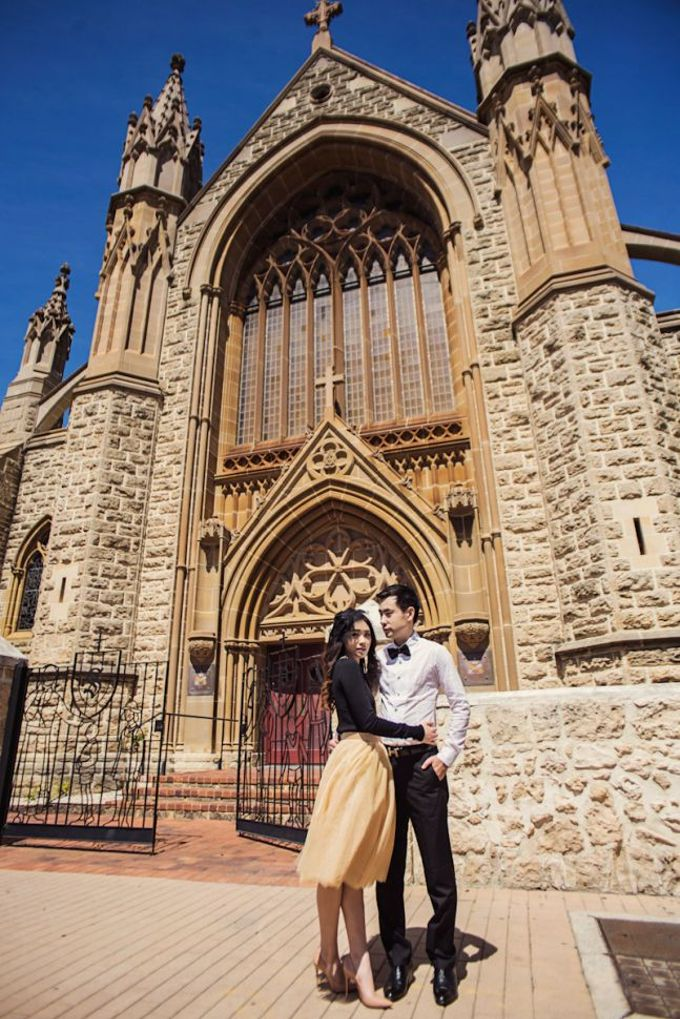 Love, Universal Language - Yeon and Maria Prewedding by Antony by Vow Pictures - 005
