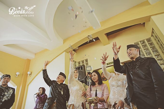 The Wedding Of Anes + Rendy by beeasphoto - 046