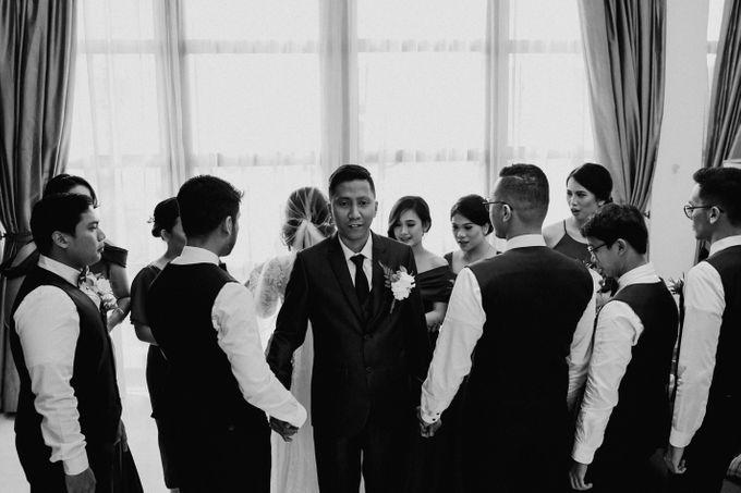 The Wedding of Ezra & Clara by Tandhakala - 008