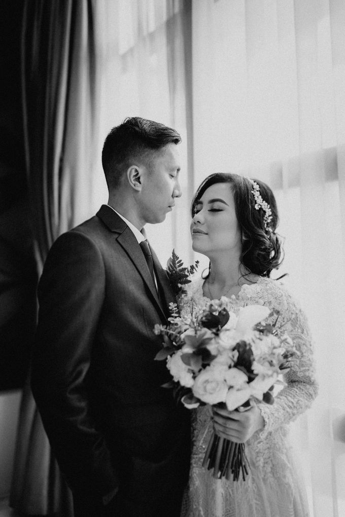 The Wedding of Ezra & Clara by Tandhakala - 003