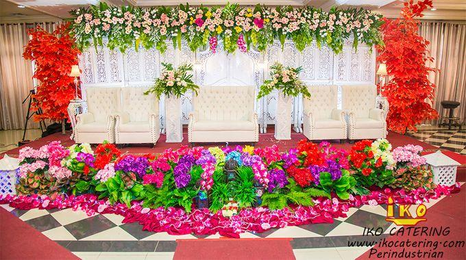 Dekorasi Pelaminan by IKO Catering Service dan Paket Pernikahan - 002