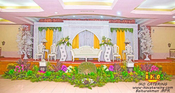 Dekorasi Pelaminan by IKO Catering Service dan Paket Pernikahan - 003