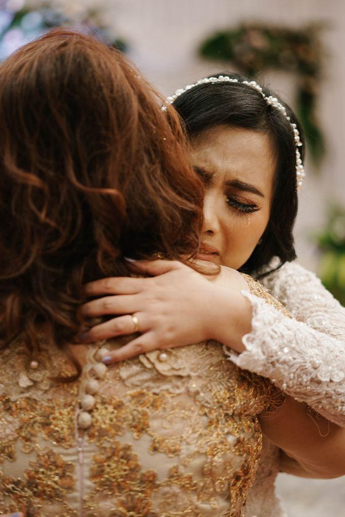 The Wedding of Ezra & Clara by Tandhakala - 012