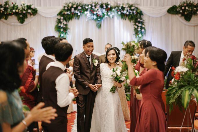 The Wedding of Ezra & Clara by Tandhakala - 026