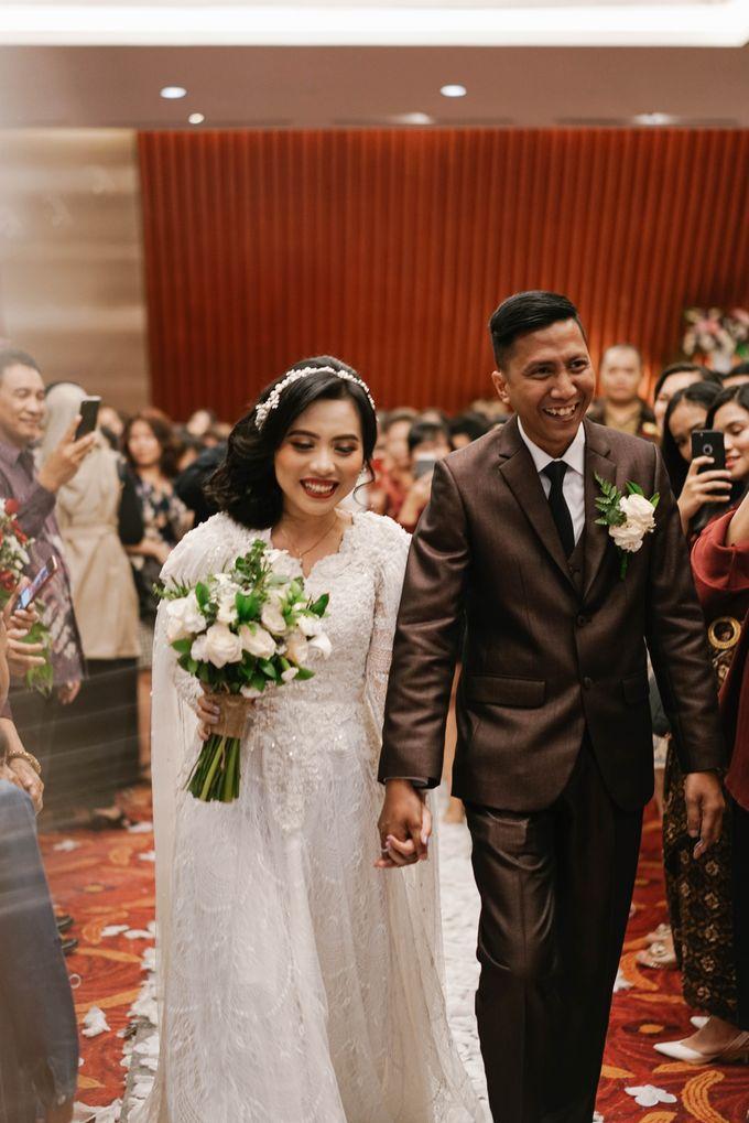 The Wedding of Ezra & Clara by Tandhakala - 028