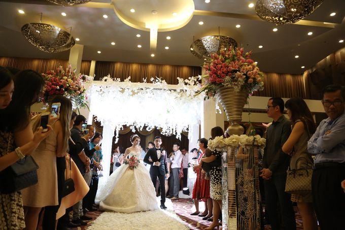 The Wedding Of Adri & Karin by FIVE Seasons WO - 013
