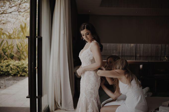 Mindy & Cameron Wedding at W Hotel Bali by AKSA Creative - 008