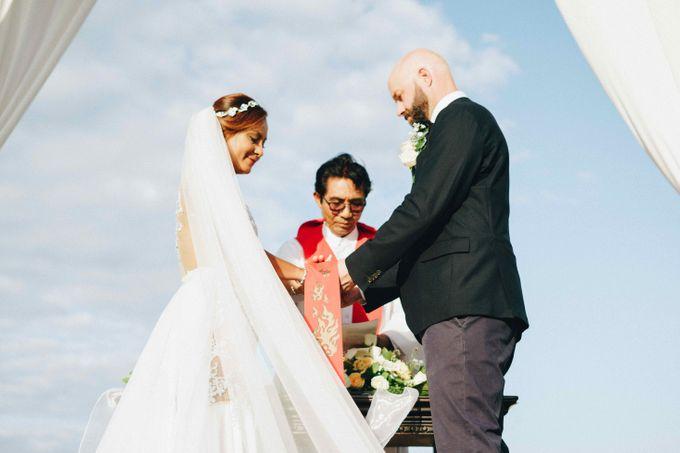 Wedding of Susan & Richard by Mata Zoe - 003