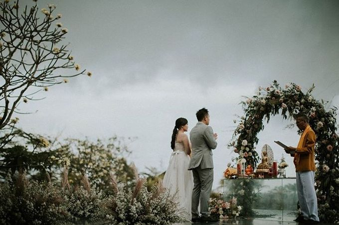 The Wedding of Evelyn & Raymond by Bali Eve Wedding & Event Planner - 022