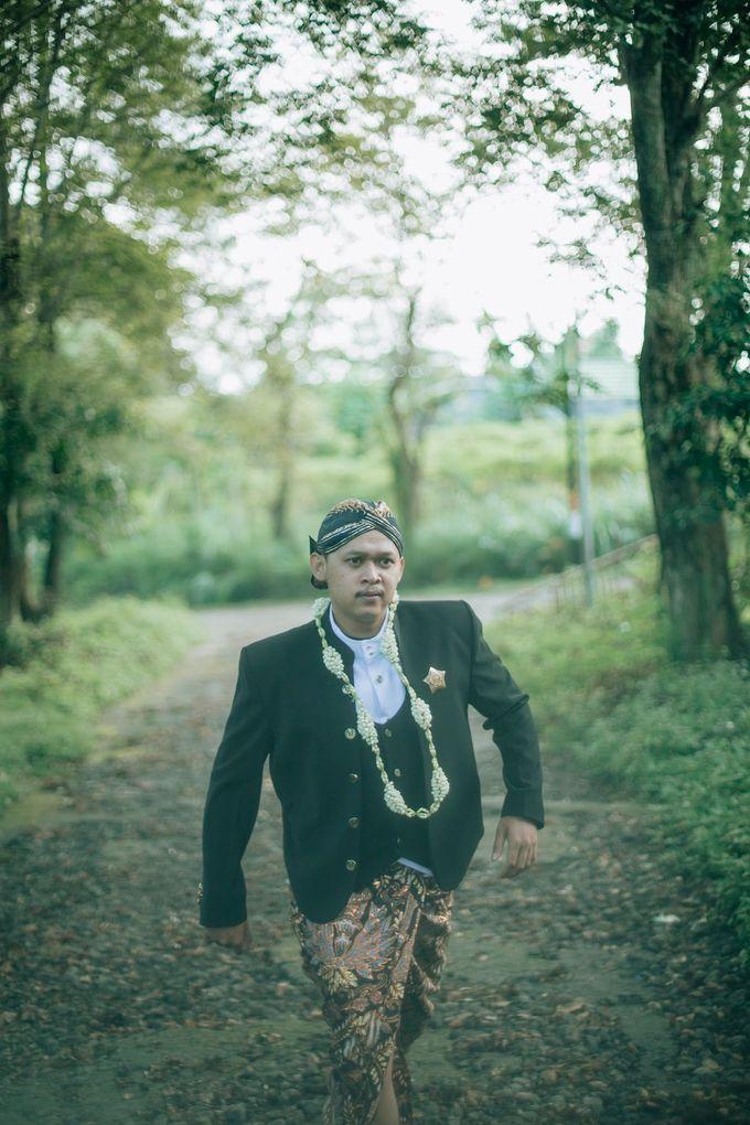 Micro Wedding Okta & Kresna by Kisah Kita Wedding Planner & Organizer - 015