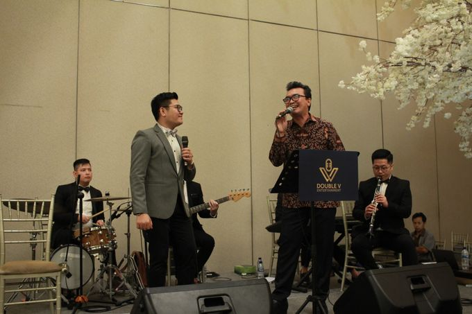 Mc Entertainment Wedding Sheraton Gandaria - Anthony Stevven  with Double V Entertainment Jakarta by Anthony Stevven - 018