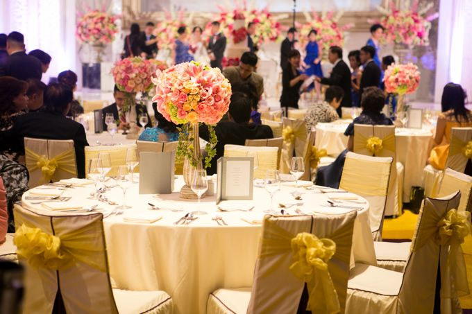 The Wedding of Andrew & Novrida by The Swan Decoration - 008