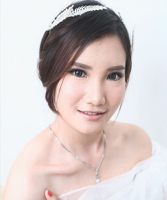 Wedding look by Sandra Bridal and Makeup Academy - 004