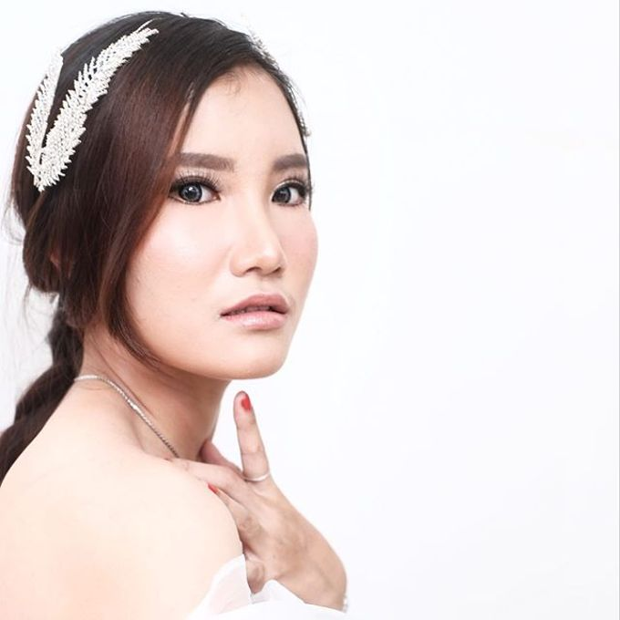Wedding look by Sandra Bridal and Makeup Academy - 003