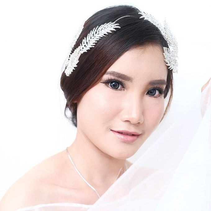 Wedding look by Sandra Bridal and Makeup Academy - 002