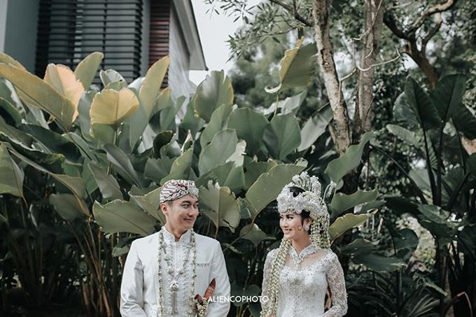 INA & REZCA WEDDING by Seserahan Indonesia - 009