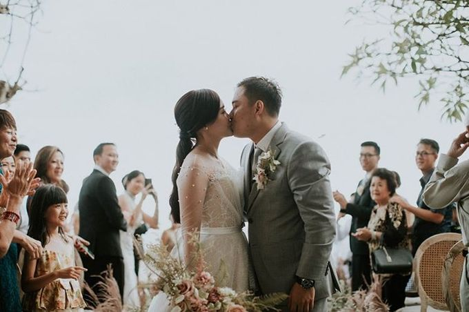 The Wedding of Evelyn & Raymond by Bali Eve Wedding & Event Planner - 030