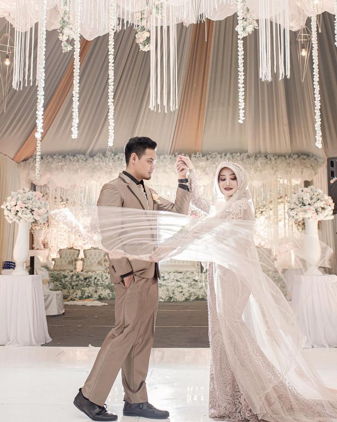 The Real Wedding of Yana & Enjang by Kejora Gift & Souvenir - 008