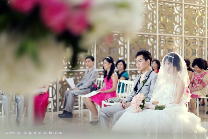 The Wedding of Ivan & Indah by Tati Photo - 028