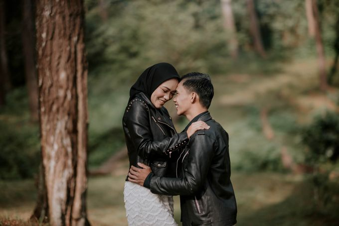 couple season gita & dede by akar photography - 001