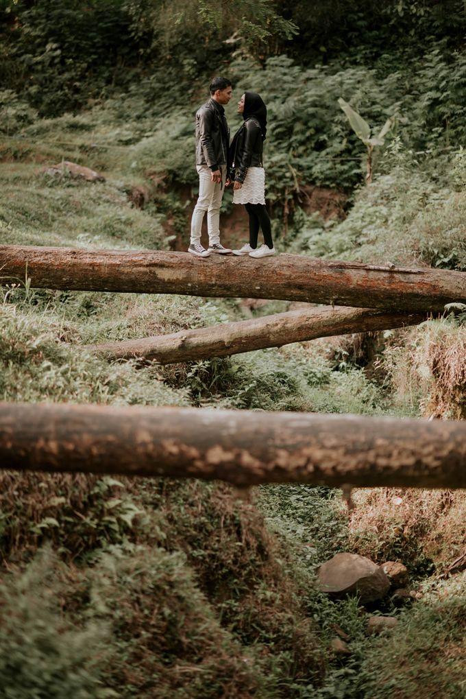 couple season gita & dede by akar photography - 013