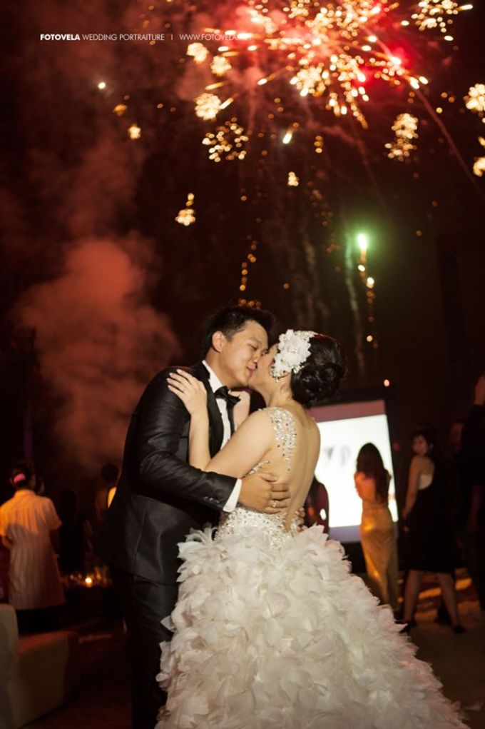 Fendy & Jeany Wedding by fotovela wedding portraiture - 003