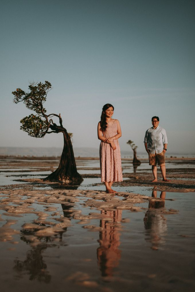 Anton & Cynthia Elopement Session by Chroma Pictures - 044