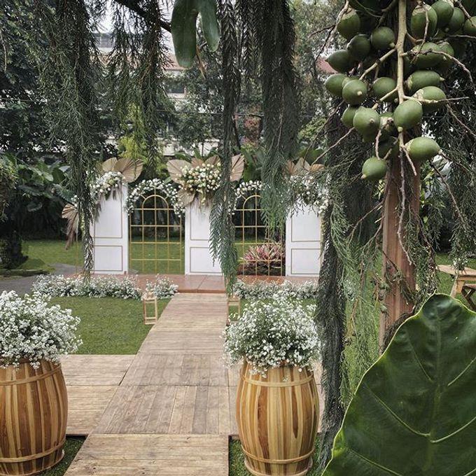 Wedding Rara dan Rama @kapulaga resto bandung by Gempita Deco - 002
