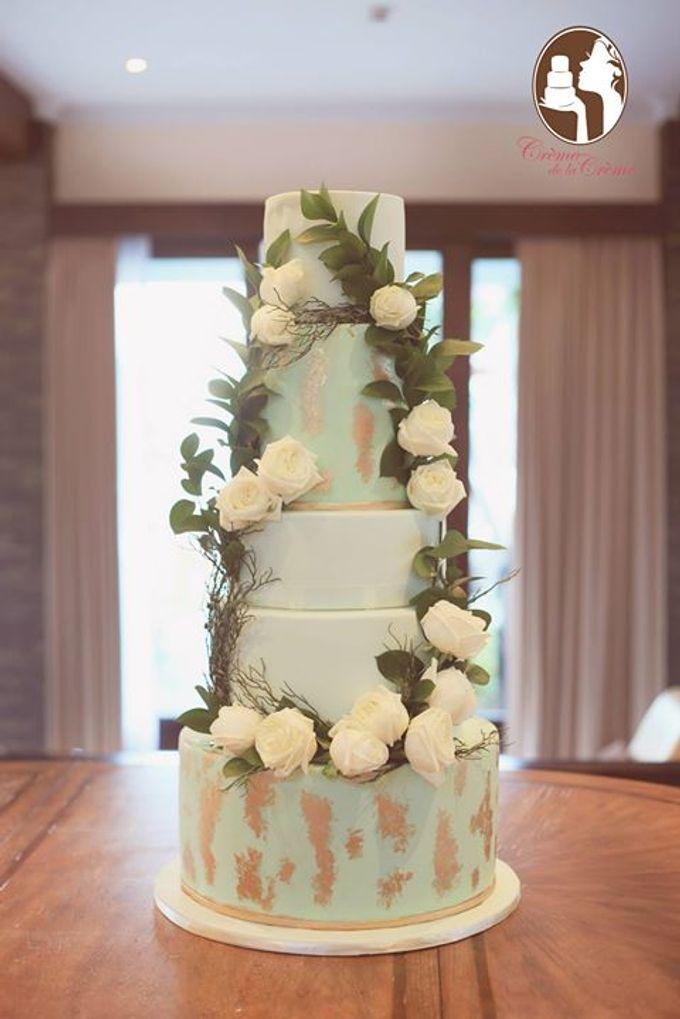 Bohemian Rustic Wedding Cake Dessert Table By Creme De La Creme