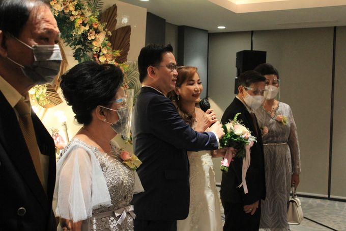 MC Wedding Double V Entertainment at JHL Solitaire Serpong by Double V Entertainment - 011